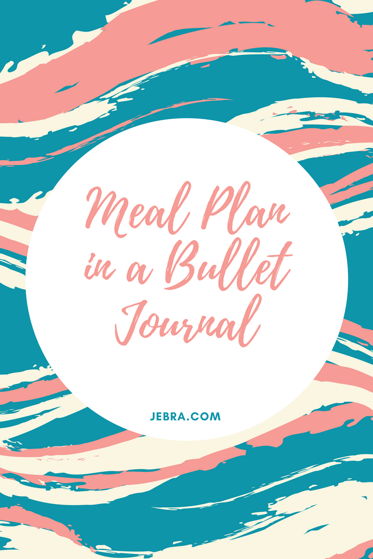 How to plan meals in your bullet journal with simple daily, weekly or monthly layouts and spreads for healthy eating.